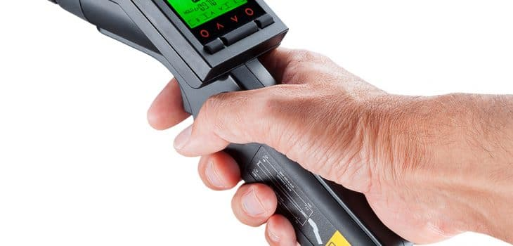 portable-ir-thermometer-optris-ls-lt-with-hand-display-on-730x350