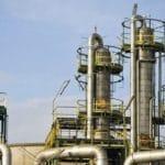 Control y monitorización de la secuencia de producción en una refinería